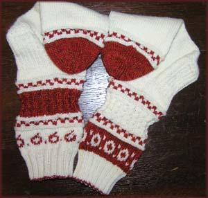 rotweiߟgemusterte Socken