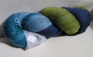 blaugrüner Wollstrang