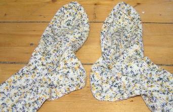 Socken in weiߟ mit Sprenkeln
