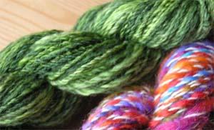 grünes und buntes Garn