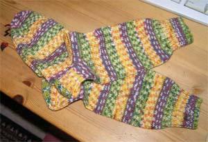 grünbuntgemusterte Socken