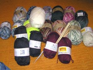ein Haufen bunte Sockenwolle