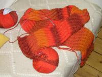 orangeroter Schal