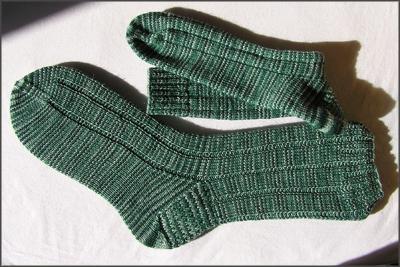 grünmelierte Socken
